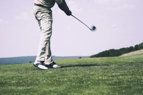 Inefficient swing mechanics and movement patterns may contribute to golf related injuries.